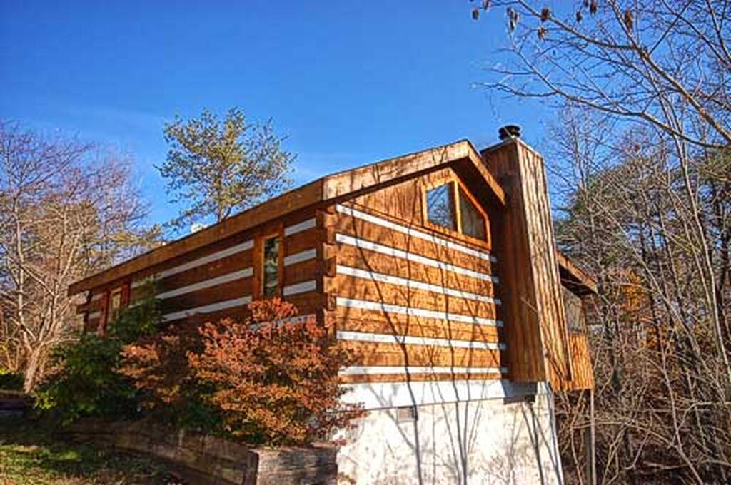 Bear elegance 1 bedroom vacation cabin rental in pigeon forge tn for 1 bedroom cabin rentals in pigeon forge