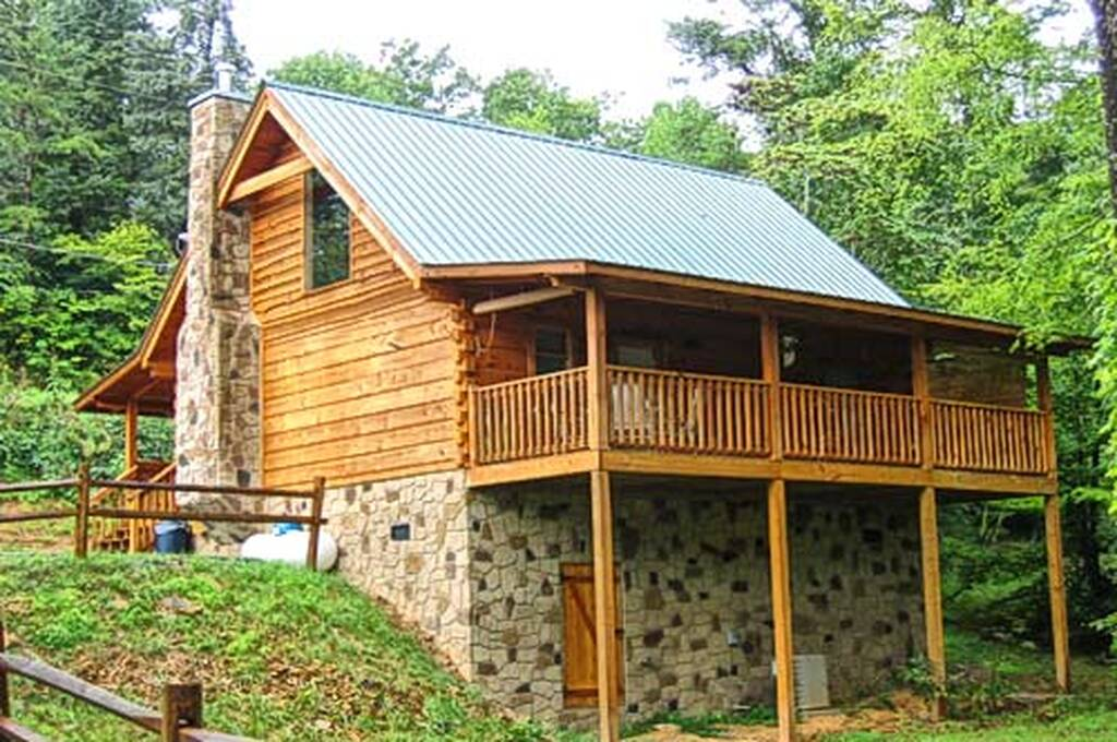 Western charm 1 bedroom vacation cabin rental in pigeon forge tn for One bedroom cabins in pigeon forge tn
